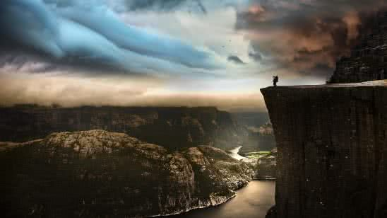 preikestolen cliff norway uhd 4k wallpaper