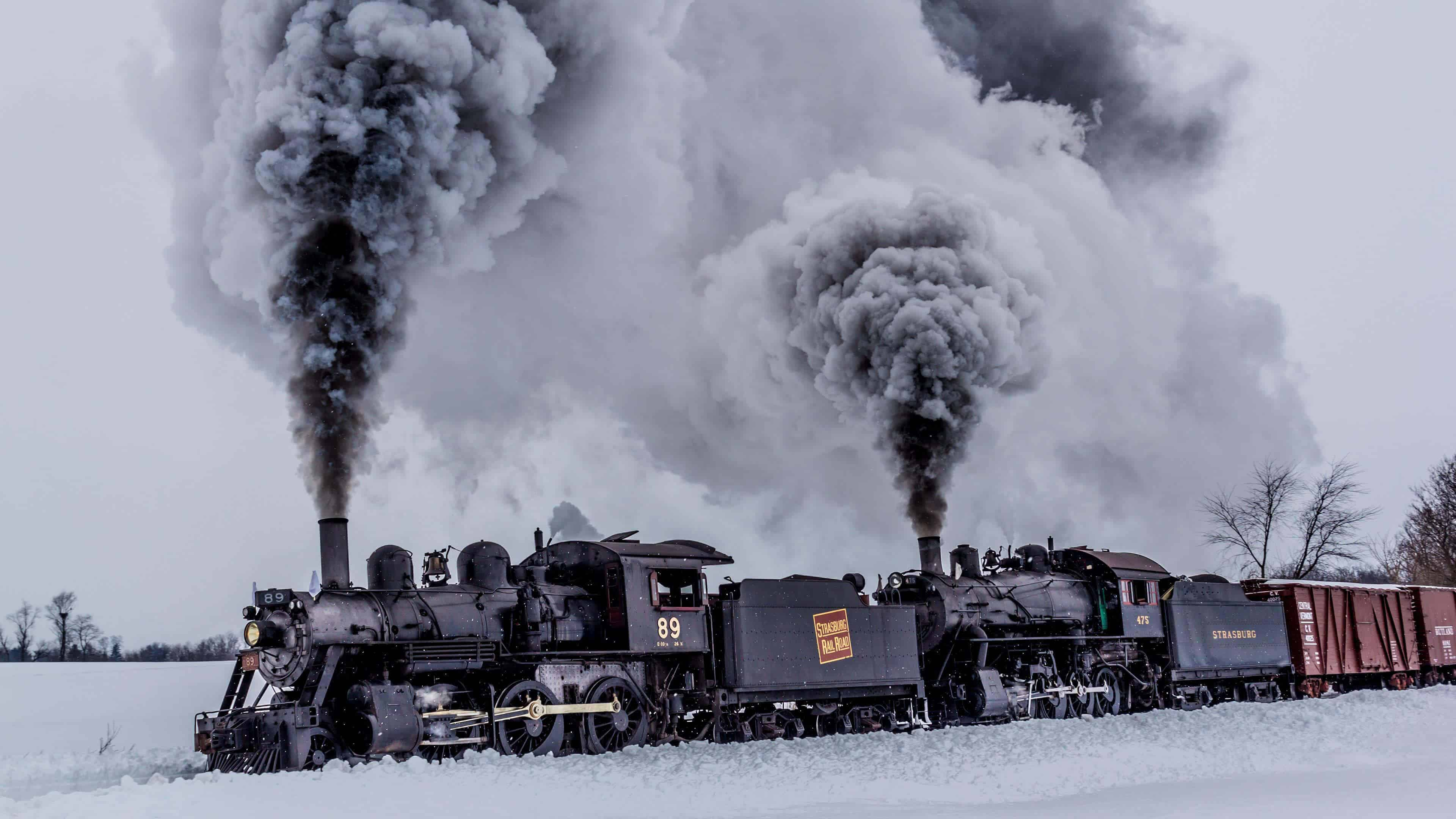 Strasburg rail road train during winter in pennsylvania for Winter trip in usa