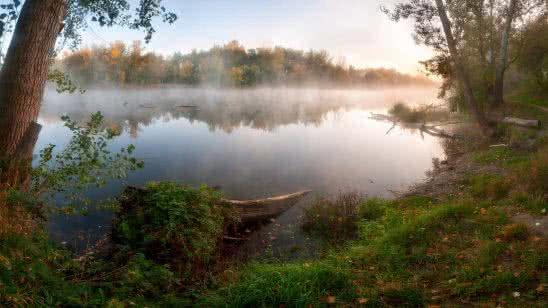 autumn fog over river uhd 8k wallpaper