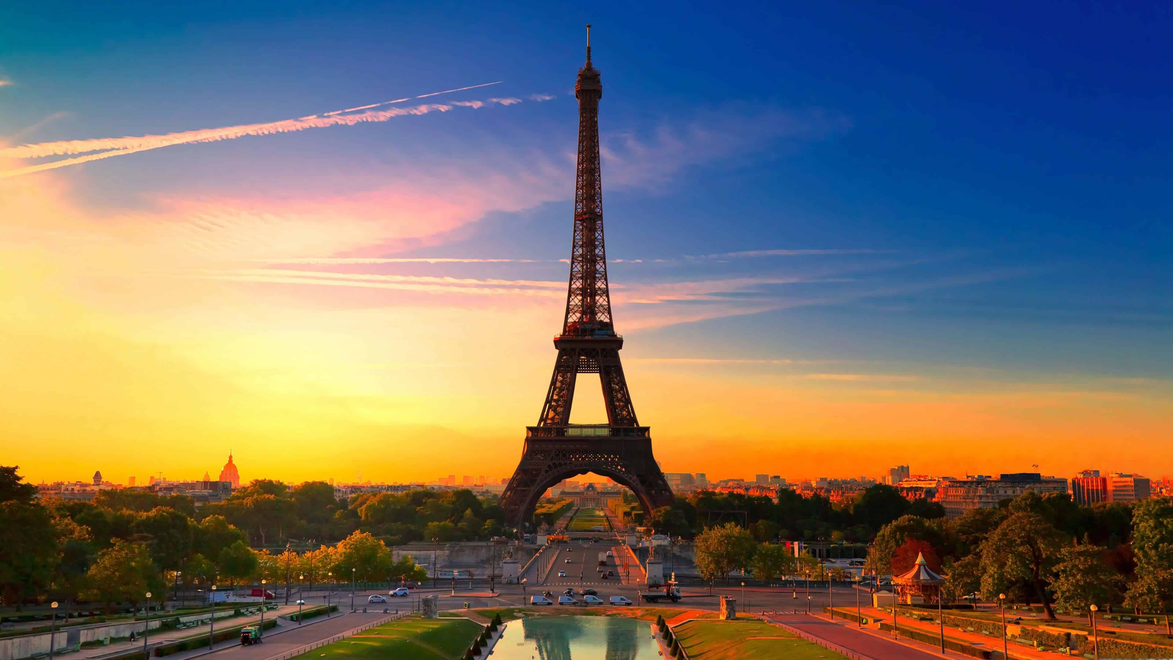 eiffel tower at sunset paris france uhd 4k wallpaper