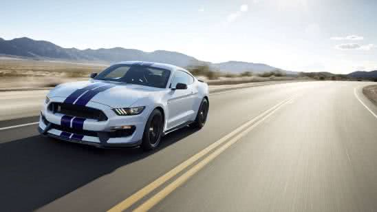ford mustang shelby gt350 uhd 4k wallpaper
