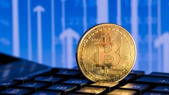 bitcoin on keyboard uhd 4k wallpaper