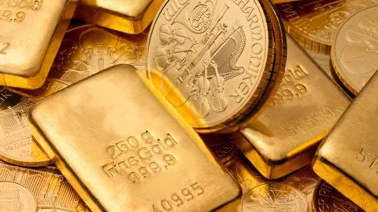 gold bullion and coins uhd 4k wallpaper