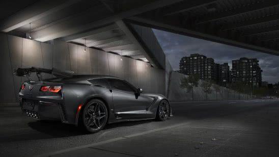 chevrolet corvette zr1 black uhd 4k wallpaper