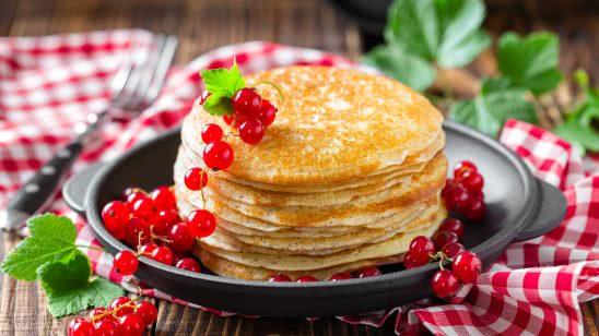 stack of pancakes uhd 4k wallpaper