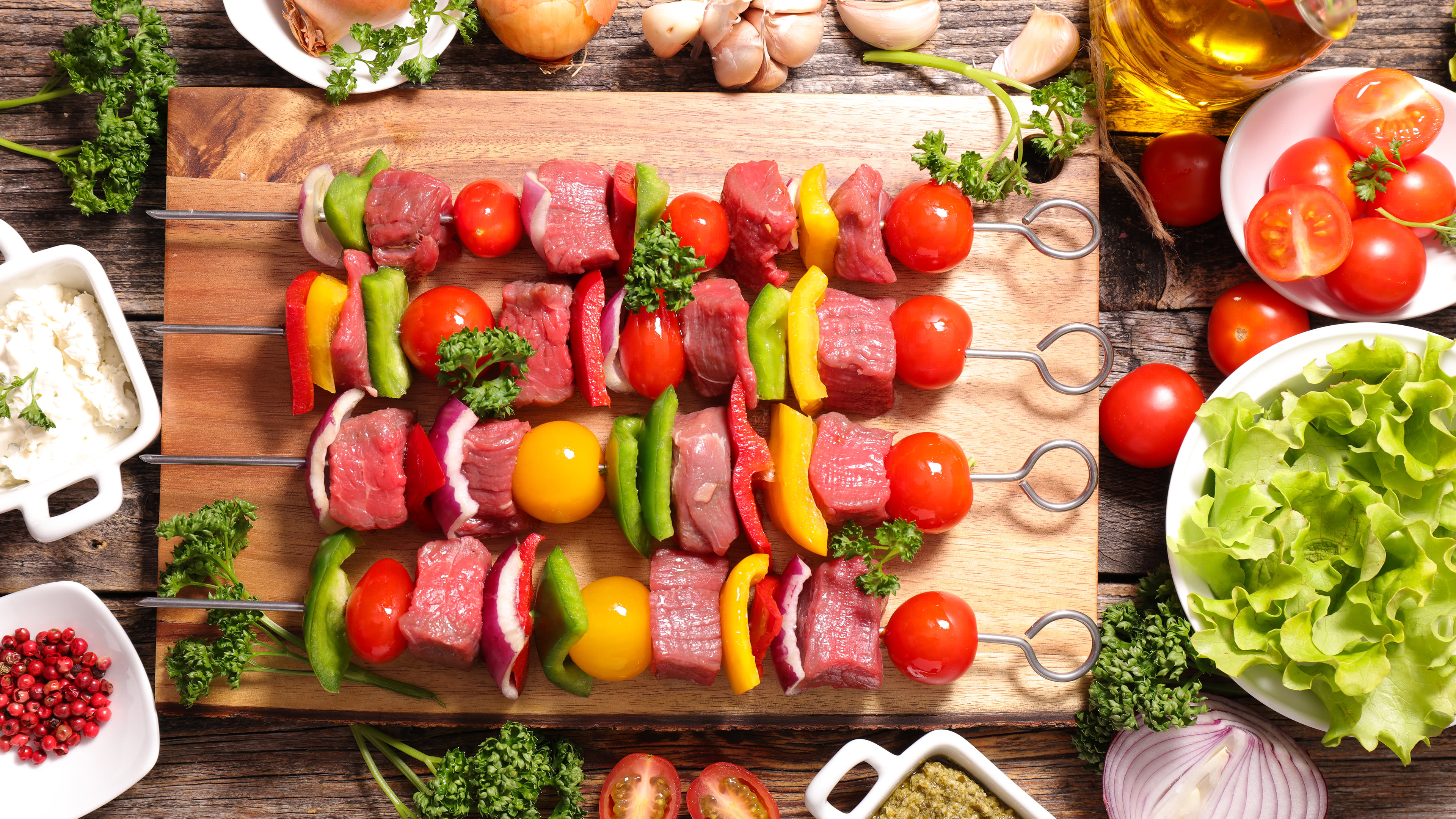 meat and vegetable bbq skewers uhd 4k wallpaper