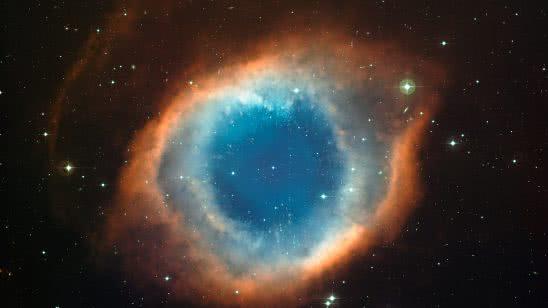 helix nebula ngc 7293 uhd 4k wallpaper