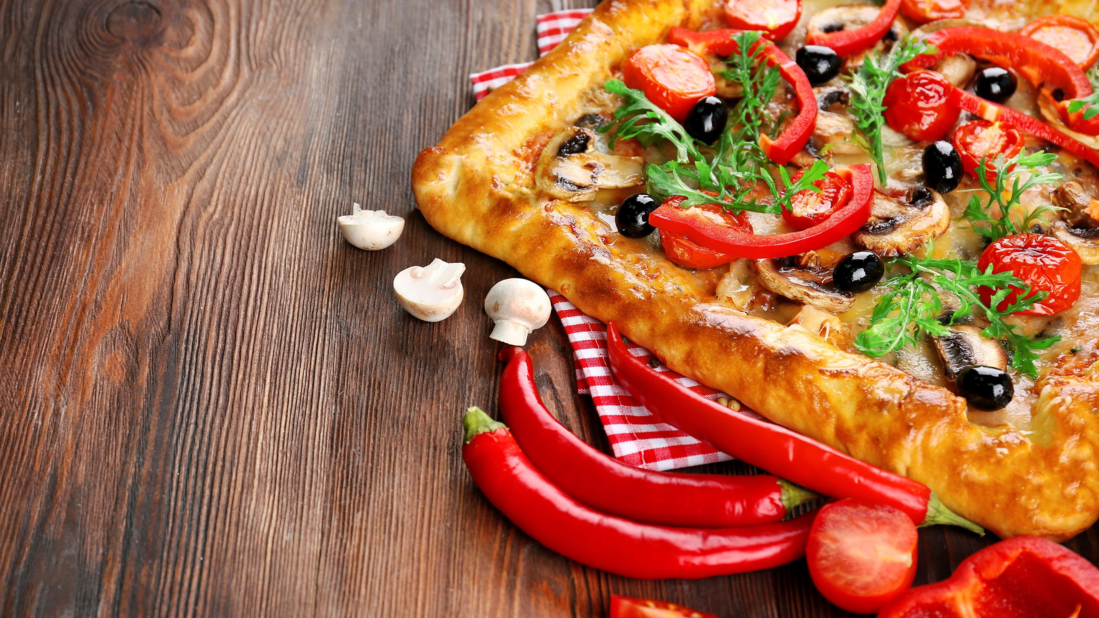 homemade tomato pepper pizza uhd 4k wallpaper
