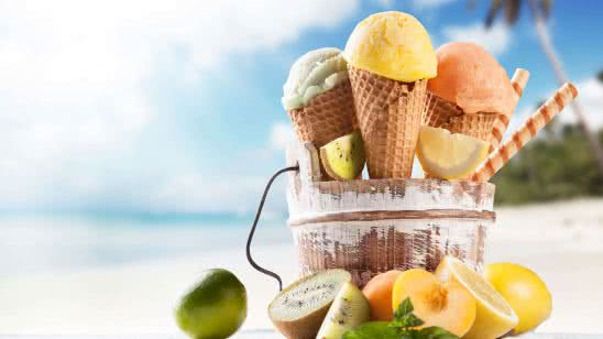 ice cream and-fruits on beach uhd 4k wallpaper