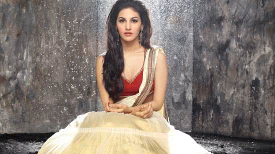 amyra dastur photoshoot uhd 4k wallpaper