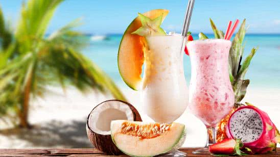 beach fruit shake cocktails uhd 4k wallpaper