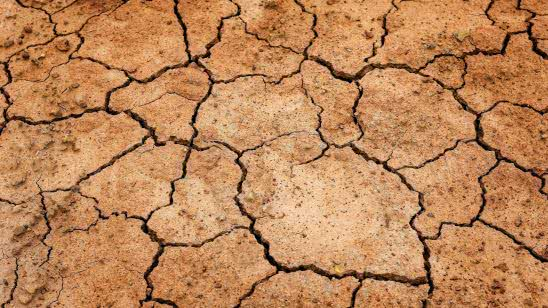 drought cracked earth uhd 4k wallpaper