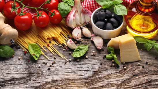 mediterranean food pasta tomato olives garlic uhd 4k walpaper