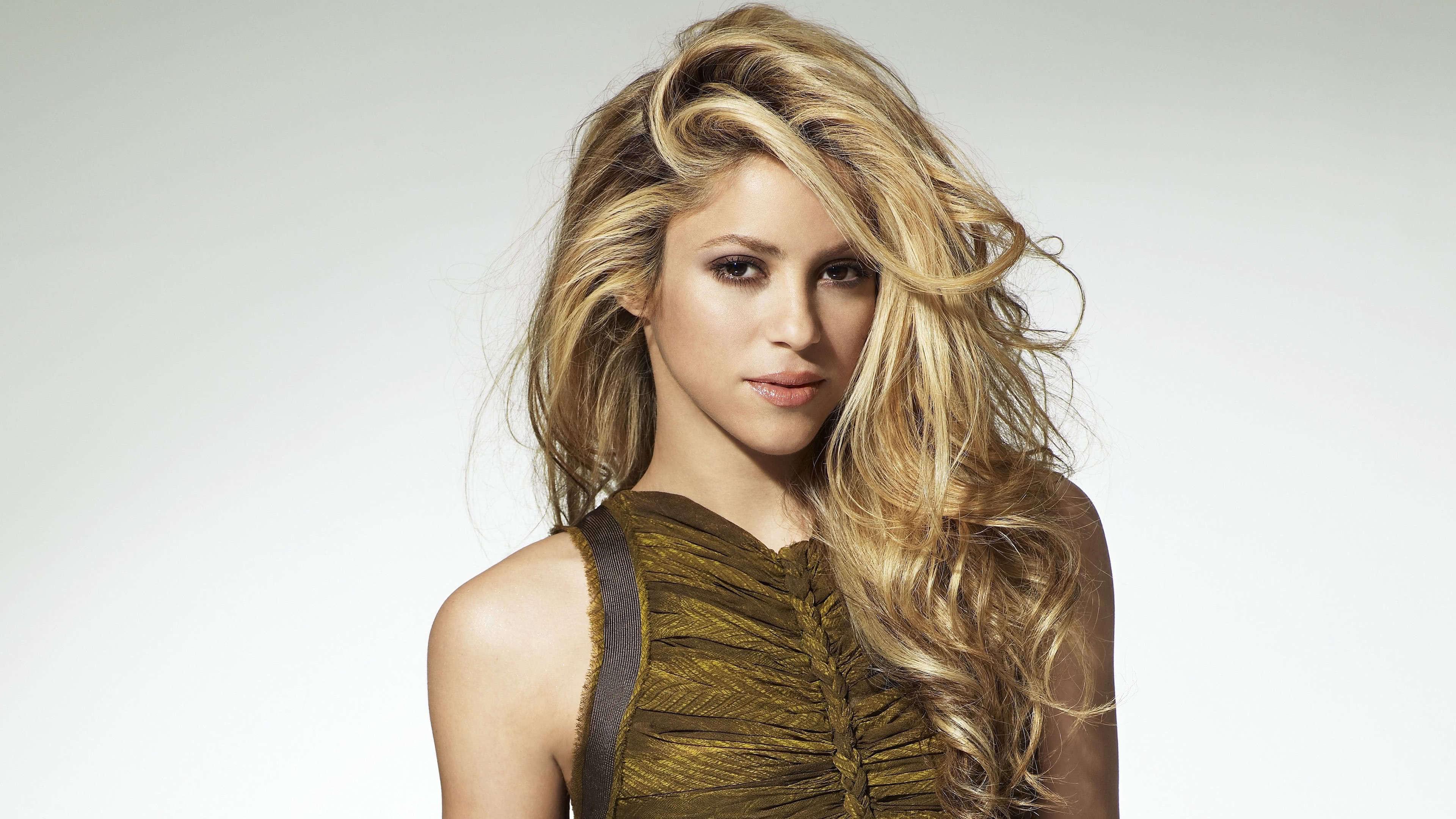Шакира вака вака, Shakira - Waka Waka (FifaWorld Cup) - скачать 29 фотография