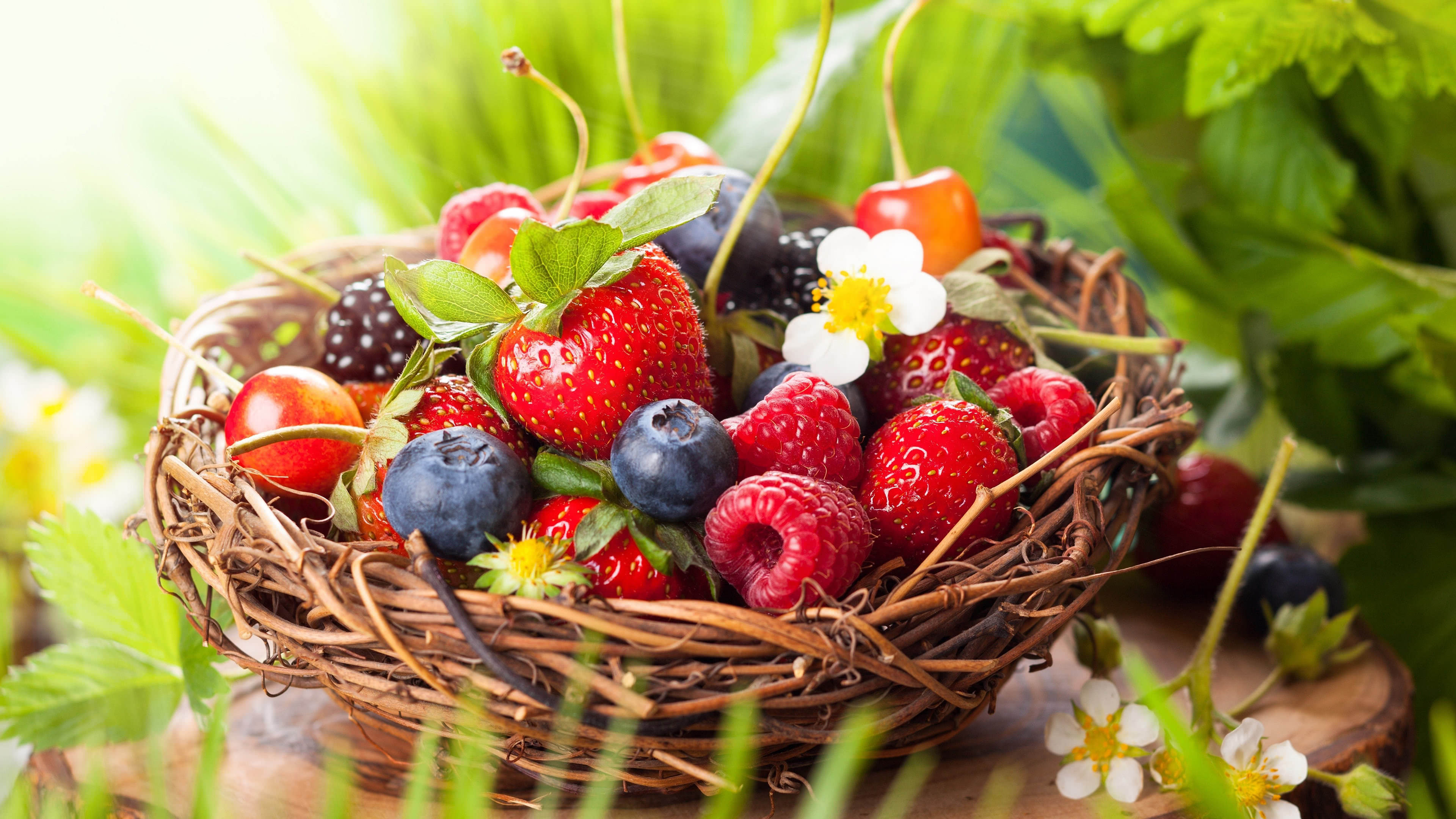 strawberries raspberries blueberries cherries basket uhd 4k wallpaper