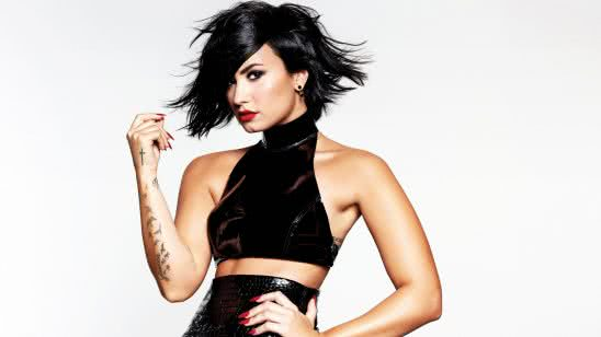 demi lovato photoshoot three wqhd 1440p wallpaper