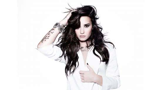 demi lovato photoshoot wqhd 1440p wallpaper