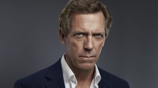 hugh laurie portrait wqhd 1440p wallpaper